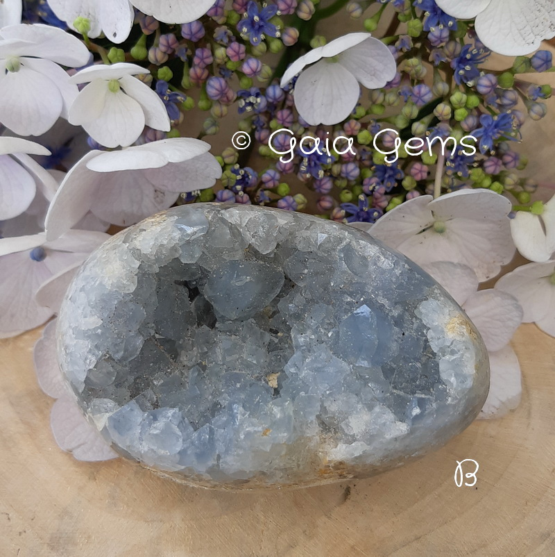 Celestien cluster geode B