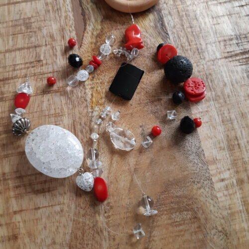 Raamhanger Bergkristal en Koraal